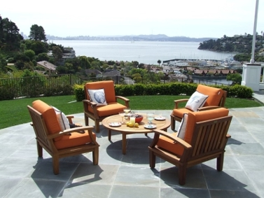 Patio Setting With Orange Chairs